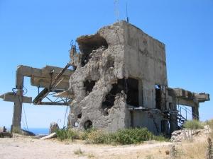 tv-tornin oli saanut sodassa hieman siipeensä