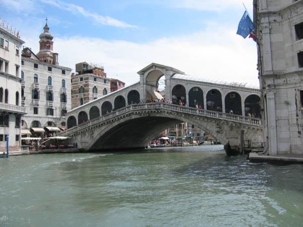 Rialton silta Canal Grande ylitse