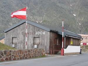 Timmelsjoch ja raja-asema