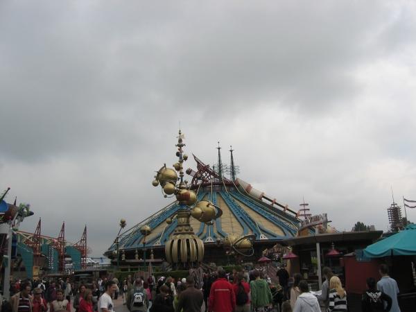 Disneylandin paras ja huimin laite