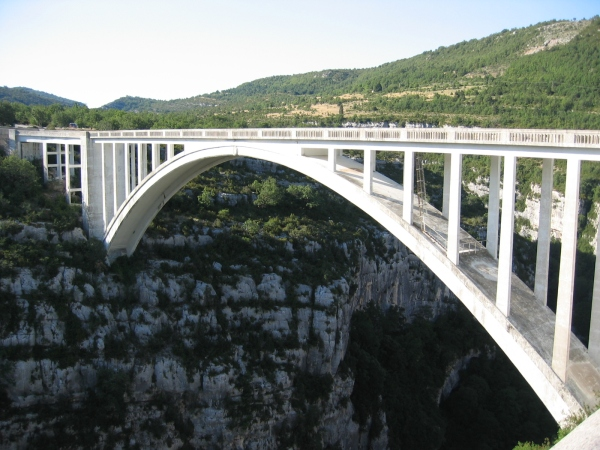 Bridge de Chauliére over the river Artuby in Gorges du Verdon