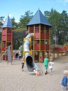 Kolmårdenin leikkipaikka-alueelta