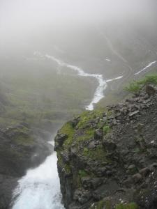 Trollstigvegenin varrelta kuvattua