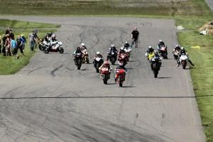 Motopark 2012, Endurancen lähtö joka ei mennyt ihan nappiin...