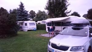 Campingplatz Zeestow Kelit alkoi jo viilenemään ja oli laitettava fleeceä päälle.