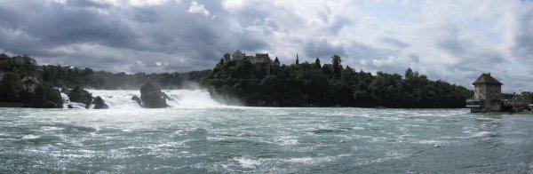 Euroopan suurin vesiputous - Schaffhausen / Rhine Falls