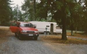 Ensimmäinen Solifer 6102i. Ja paloauton punainen Toyota Landcruiser HDJ80