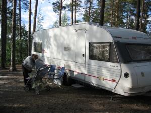 Kesän 2009 reissulta. Vaununa Solifer 670 Finlandia. Veturina tuolloin Jeep Grand Cherokee