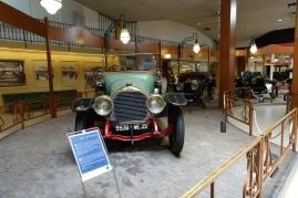 Peugeotin vanhempaa kalustoa