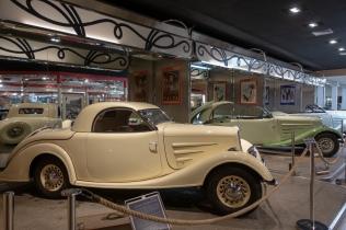 Peugeotteja