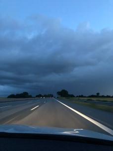 Autobahnaa ennen puolta yötä